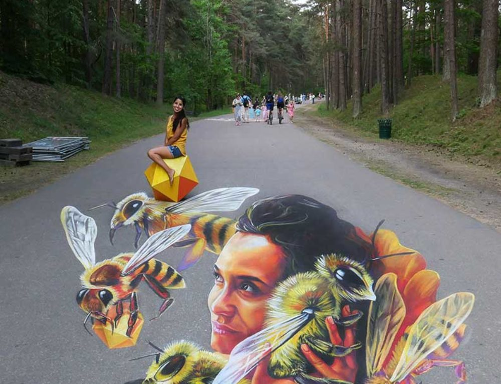 3D streetpainting at Illusions of Riga Festival 2019, Riga, Latvia